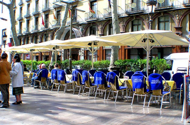 3 daagse stedentrip naar Oriente Atiram in barcelona, spanje